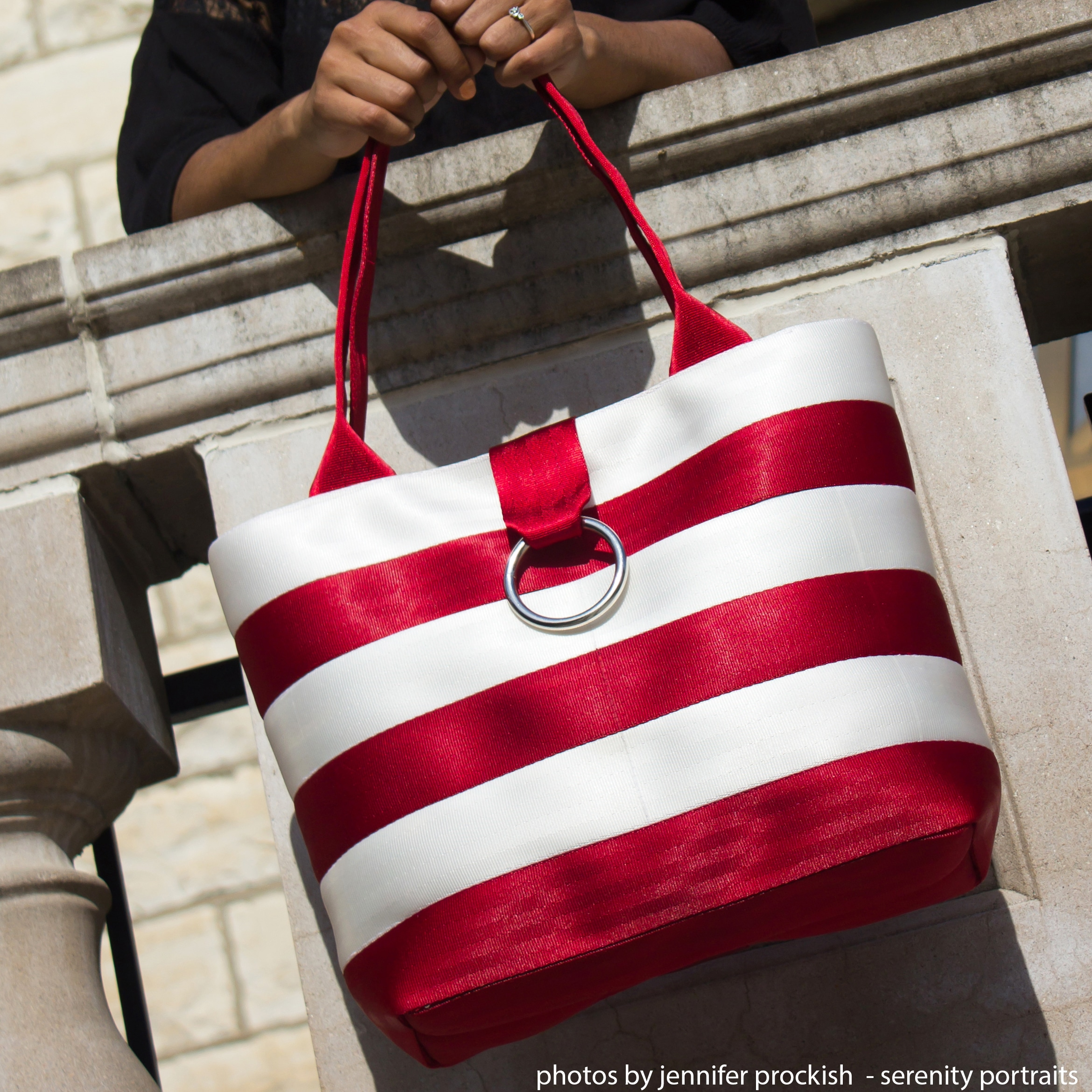 medium striped market tote