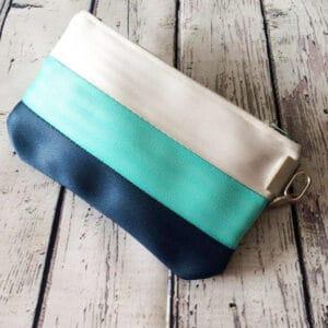 medium size pouch